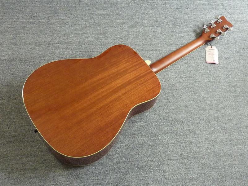 FG-820 b